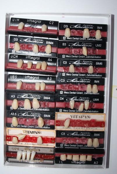 Zahngarnituren / Reparaturzähne namhafter Hersteller # 12736
