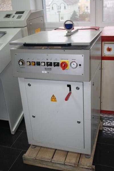 BEGO Gußschleuder/ Gießgerät Typ FORNAX 45 VAC # 14051