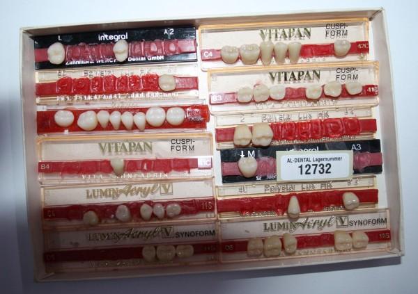 Zahngarnituren / Reparaturzähne namhafter Hersteller # 12732