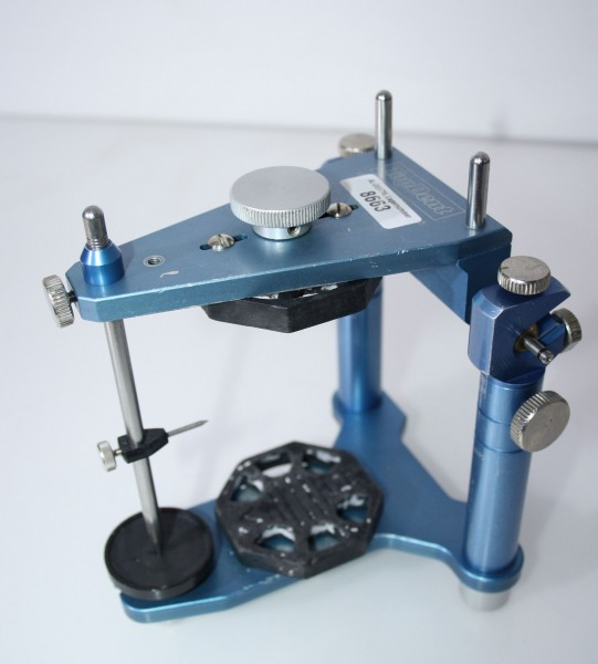 Artikulator TopDent Arti Star + Kunststoff-Montageplatten # 8663