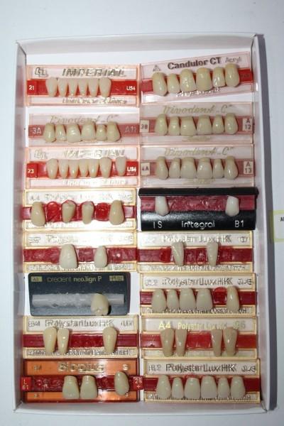 Zahngarnituren / Reparaturzähne namhafter Hersteller # 12750