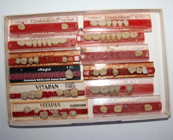 Zahngarnituren / Reparaturzähne namhafter Hersteller # 12746