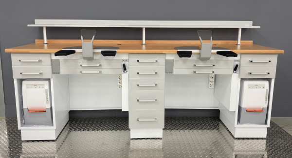Al-Dental Doppelarbeitsplatz 2er Labortisch mit Renfert Absaugungen